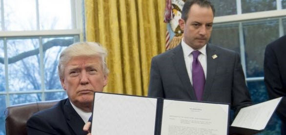 trump sign executive order banning syrian refugees from